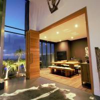 Dolphin Beach Villa