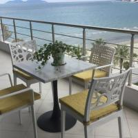 Pineapple Sea View Apartment