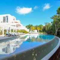 Family condo with pool view in Tao Community Akumal