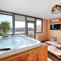 Penthouse Station Luxury Suites & Apartment