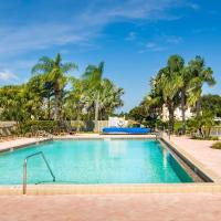Luxury Totally Renovated Jupiter Villa 2/2 1900 ft from beach