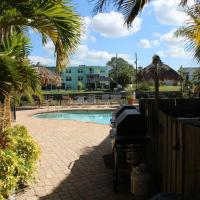 Pineapple Retreat at Coconut Condo of Dunedin