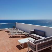 Appartement 3 pièces Nice Promenade des anglais dernier étage vue mer solarium