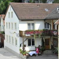 Pension Holzapfel, hotel in Essing