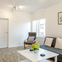 16E Courtyard Apartment