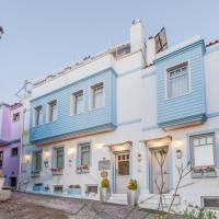 """Ela Tenedos Hotel - Special Category </h2 </a <div class=sr-card__item sr-card__item--badges <div class=sr-card__item__review-score style=padding: 8px 0  <div class=bui-review-score c-score bui-review-score--inline bui-review-score--smaller <div class=bui-review-score__badge aria-label=Puntuación: 9,3  9,3 </div <div class=bui-review-score__content <div class=bui-review-score__title Fantástico </div <div class=bui-review-score__text 53 comentarios </div </div </div   </div </div <div data-component=deals-container data-deals="""""""" data-deals-other="""""""" data-layout=horizontal data-max-elements=3 data-no-tooltips=1 data-use-drawer= data-prevent-propagation=0 class=c-deals-container   <div class=c-deals-container__inner-box    </div </div <div class=sr-card__item   data-ga-track=click data-ga-category=SR Card Click data-ga-action=Hotel location data-ga-label=book_window:  day(s)  <svg aria-hidden=true class=bk-icon -streamline-geo_pin sr_svg__card_icon focusable=false height=12 role=presentation width=12<use xlink:href=#icon-streamline-geo_pin</use</svg <div class= sr-card__item__content   Bozcaada • A  <span 400 m </span  del centro </div </div <div data-et-view= OLBdJbGNNMMfPESHbfALbLEHFO:1  OLBdJbGNNMMfPESHbfALbLEHFO:2  </div </div </div </div </li <li id=hotel_3686266 data-is-in-favourites=0 data-hotel-id='3686266' class=sr-card sr-card--arrow bui-card bui-u-bleed@small js-sr-card m_sr_info_icons card-halved card-halved--active   <div data-href=/hotel/tr/elaia-tenedos.es.html onclick=window.open(this.getAttribute('data-href')); target=_blank class=sr-card__row bui-card__content data-et-click= data-et-view=  <div class=sr-card__image js-sr_simple_card_hotel_image has-debolded-deal js-lazy-image sr-card__image--lazy data-src=https://q-cf.bstatic.com/xdata/images/hotel/square200/152112320.jpg?k=f935a0b34aa51c98475bda63be8b691e25cc72ca1fa4582afd9ee68893e12ef9&o=&s=1,https://r-cf.bstatic.com/xdata/images/hotel/max1024x768/152112320.jpg?k=d8d2e5d2c2291ee1843de1f88cb5d6cbd089e"""