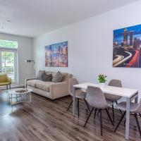 1BR Condos in West Midtown w Balcony & Pool