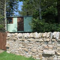 Shepherd's Hut - The Quirky Quarry