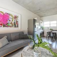 Trendy Melrose Apartment