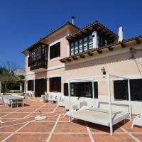Luxury Villa for 16 people with seaview, pool and bbq