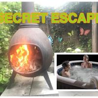 PRIVAT BUNGALOW on Dutch Veluwe, with JACUZZI.