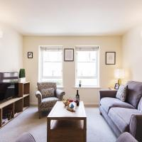Bright Charing Cross Apartment