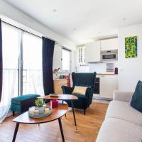 Bright apartment with a view of Paris, 19th Arr.