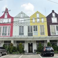 RedDoorz Plus near Ciliwung Food Street Malang