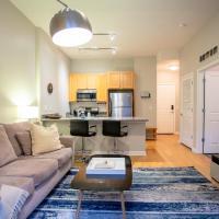 South Loop Luxury Suite No.7 by Zencity
