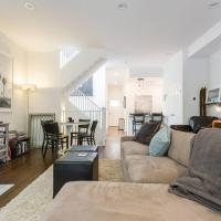 Stunning Luxury Home in Heart of Bucktown!
