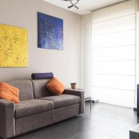 High Rise Studio Flat near Metro Stop