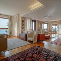 Luxury Licuti Apartment