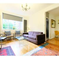 Cosy 2-bedroom flat with garden near Regent's Park