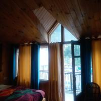 Hotel Pushpak Mall Road Manali