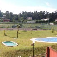 Apartamento en villa marinera con piscina
