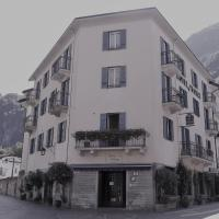 Hotel Flora**