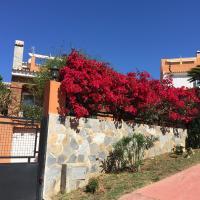 Villa with swimming pool & sea view