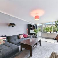 Spacious 2 Bedroom House With Balcony In Bermondsey