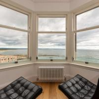 Luxury Penthouse on The Scores - Best View in St Andrews