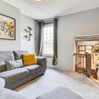 Characterful 3Bed Home, sleeps 5 in Queen's Park