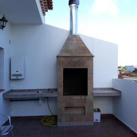 Apartamento con terraza privada y barbacoa