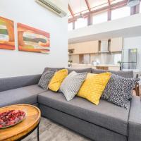 ClubHouse Residences Elm Attic Studio Suites