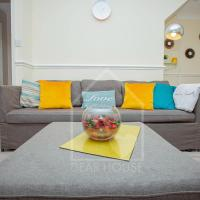 NEW* House in Corby, Sleeps 7, Self Catering, FREE Parking, Internet