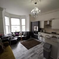 -Clive Lodge Apartments - 2 bed ground floor apartment