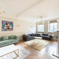 Luxury 3 bedroom ensuite of Berkley Square MAYFAIR