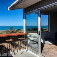 Ocean & Mountain Views - Relax & Enjoy