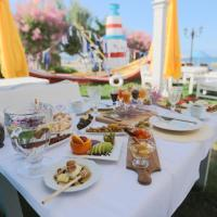 Cundavilla Pool & Beach Hotel & Suites