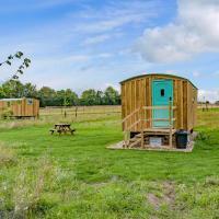 Hut 2-UK11304