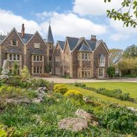 Winscombe Court & Lodge