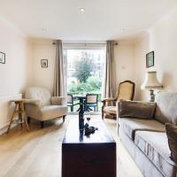 Homey Brompton Park Apartment