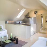 charming two bedroom flat
