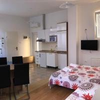 Apartments & Rooms Nardin, hotel v Izoli