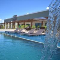 Tropical Mar Hotel