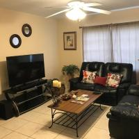 Great Location near Downtown & Airport