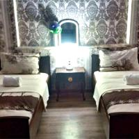 Kentron Hostel and Tours