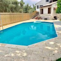 Villa Galilee with amazing pool