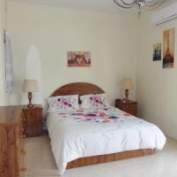 Scicluna 2 Bedroom Apartment - Bus Terminus