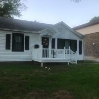 Convenient and Cozy Cottage