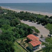 Beachfront Villa Jolanda directl y from owne r