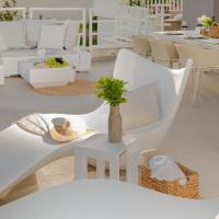 The Pleasurist only your pool and terrace